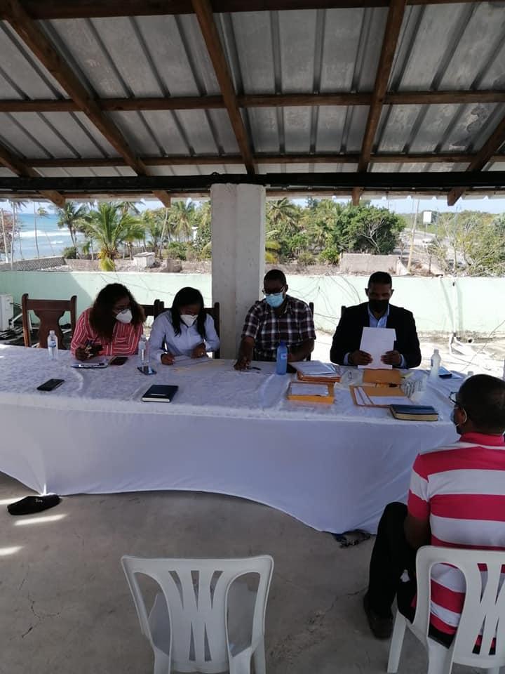 Ofertas de constructoras e ingenieros en el proceso de licitación-UNAP Los Conucos