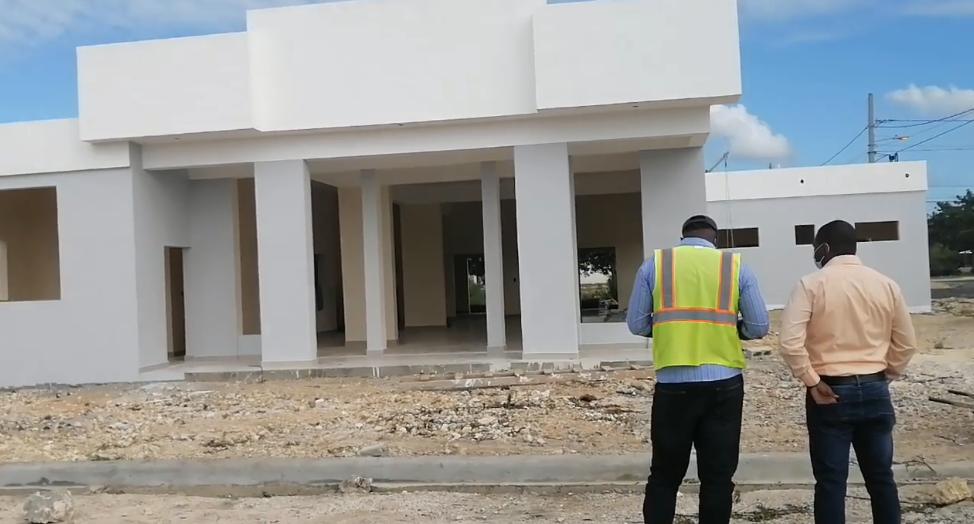 Funeraria Guayacanes, trabajos de construccion